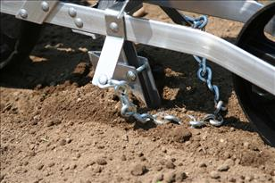 Earthway 1001B Precision Garden Seeder chain